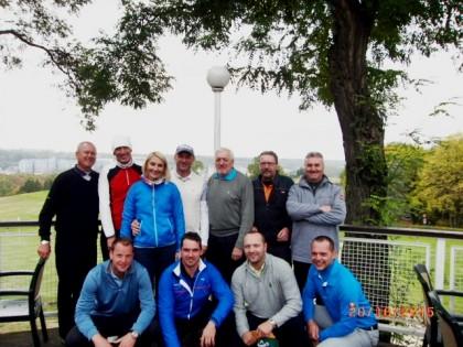 Zkušební komise se zahraniční skupinou absolventů závěrečných zkoušek PGAC.